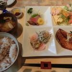 シェビーン - さば味醂定食・1000円