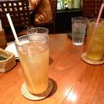 マングローブ - ランチ ジャスミン茶