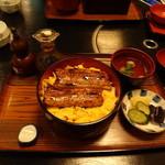 はしもと - 金糸丼 1500円。これでも結構なウナギの量です。安い…