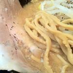 18004041 - とこ豚骨醤油をドラゴン麺で。