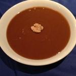 アロヒディン - スマラック(芽が出たばかりの小麦を24時間ほどかき混ぜながら茹でて作る、ペースト状の甘い食べ物)