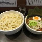 あまみ屋 - 特のせつけそば(900円)麺2.5玉