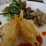 イル カフェ・モリタ - 鶏ささみのポテトフリット・カポナータ添え