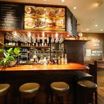 アロハ テーブル カウカウ コーナー - 南国の風を感じることができるカウンター...
