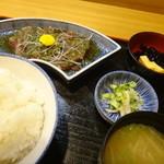 割烹 若竹 - 日替わりのカツオのたたき定食