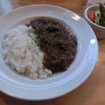 ボーデリアハヤカワ - 牛すじ赤ワイン煮かけごはんでございます