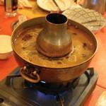 シリンゴル - 2013.3 ハロントガ(1人前2,100円)の鍋