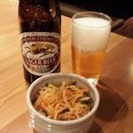 18025745 - 中瓶ビール+お通し(無料)