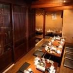 博多野菜巻き串 餃子 芋蔵 - 最大30名様用堀り個室UP写真