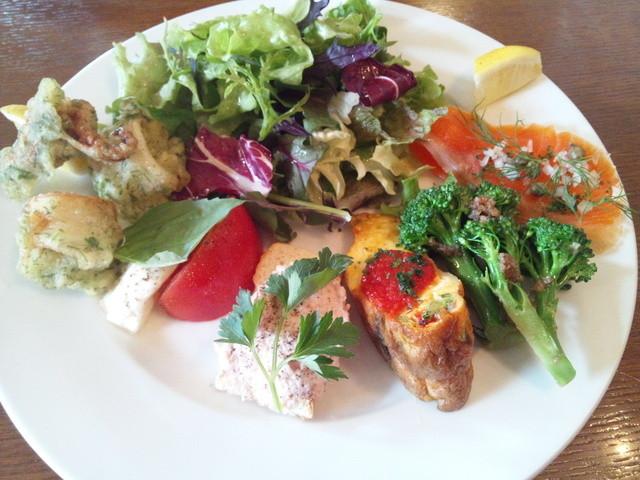 フォセッタ - 豪華な前菜盛り合わせ