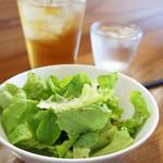 カフェトリコ - セットのサラダ