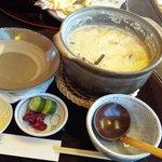 18037984 - 縦丸のかわいい土鍋
