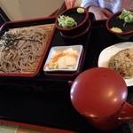 ふるさとおとぎ苑 - 料理写真:ざるそば 600円
