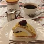 銀杏や - 母と待ち合わせをしたので、ケーキセットを頂く♪ ¥750