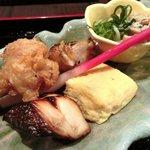 Awataguchi - 海鮮胡麻茶漬け 980円 の焼八寸