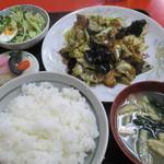 金龍 - 料理写真:野菜の味噌炒め定食 850円