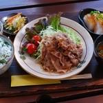 カフェTomato - お肉ランチ¥780