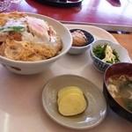 やまびこ食堂 - 2013年3月 かつ丼