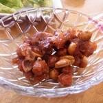 やまびこ食堂 - 2013年3月 サービスのピーナッツ