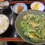 うるま御殿 - 料理写真:ゴーヤチャンプル定食   700円