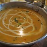 PANAS - ランチカレーセット:海老  サラダ、チーズナン、ラッシー付き2