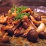 神戸鉄板焼 おくの - ミル貝のバター焼き