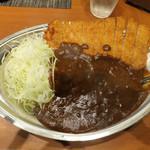 カレーの市民 アルバ  - ロースカツカレー750円 濃厚なカレー不思議な香辛料が口いっぱいに広がります(^o^)