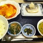 絵芙 - かに玉と鯖塩定食
