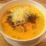 春香楼 - 担々麺