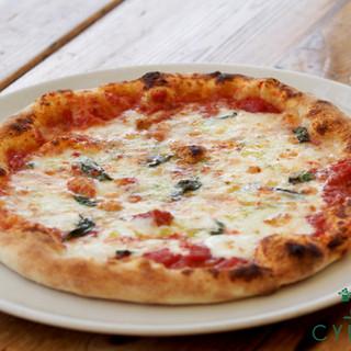 人気のピザ マルゲリータ