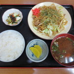 山本屋 - ワンコインランチ(日替わり)