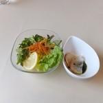 VILLA ROSSO TRE - セットのサラダ