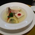 18069208 - 魚料理。スープが特においしかったです。
