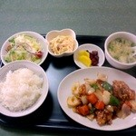 牡丹園 - 酢豚ランチ(牛肉炒め) \920