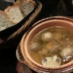 オスカー - 海老とマッシュルームのアヒージョ