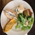 Bar GRANVIA - ハンバーグランチの前菜