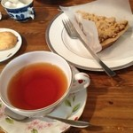 ブラック バーズ - 紅茶とタルト