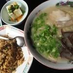 志んや - 焼き飯定食(780円)