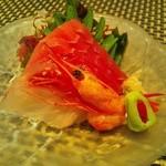 AQUA - 料理写真:メバチマグロ・尾長鯛・甘海老・山葵・島唐辛子