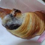 サンマルクカフェ - いちご大福チョコクロ