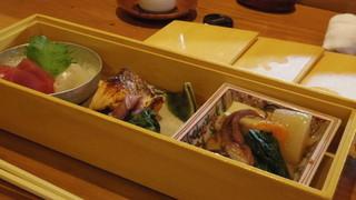 温石 - 三種盛りのお菜