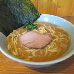 ぴかいち - 家系ラーメン(中盛) 680円