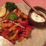 想いの木 - チキンコンプレックス1580円  (鶏肉とお野菜を青唐辛子のさわやかな風味と辛みで炒めた南インド料理)