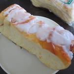 西尾パン - シナモン味のパンです
