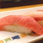 すしなが田 - 料理写真:落ち着いた店内で美味しいお寿司をどうぞ♪