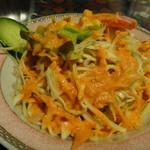 タージマハル エベレスト - 日替わりランチのサラダ
