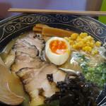 月家 - とんこつ醤油チャーシュー麺  1000円