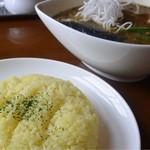 インディ桂木 - 野菜とキーマのスープカリー