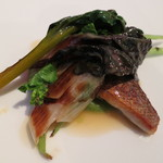 L'API - 魚料理 スズキと野菜の軽いバターソース
