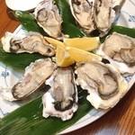 みちや寿司 沖村家 - でっかいカキ! 美味〜♪